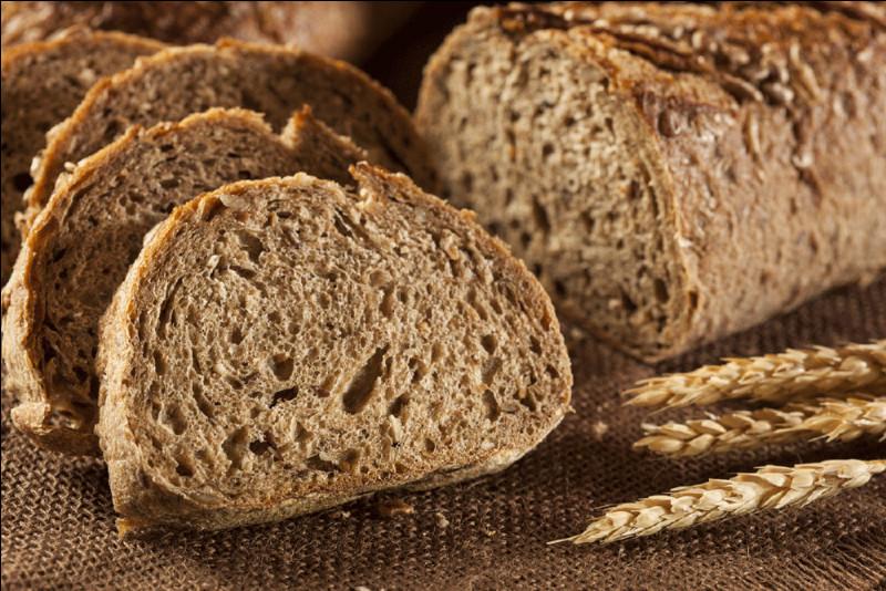 Pour votre santé il est préférable de consommer du pain de seigle en opposition au pain blanc.