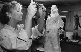 Laquelle de ces femmes n'a jamais sculpté ?