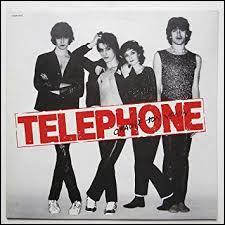 Qui n'a jamais fait partie du groupe Téléphone ?