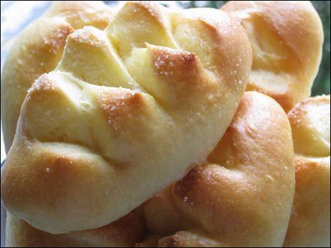 Le pain au lait est la moins calorique de toutes ces gourmandises.