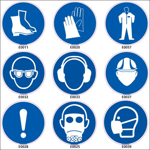 Votre employeur vous envoie exécuter un travail chez un client. Sur place, vous constatez que tous les employés présents portent un casque et des lunettes de sécurité. Que faites-vous ?