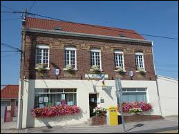 Commune Pas-de-Calaisienne, Sainte-Marie-Kerque se situe en région ...