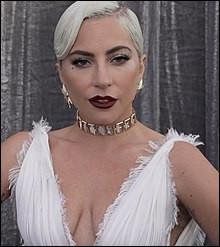 Qui est cette chanteuse américaine, auteure-compositrice-interprète, actrice et danseuse ?