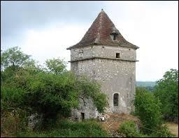 Nous sommes en Occitanie, à Saint-Jean-de-Laur. Nous nous trouvons dans le département ...