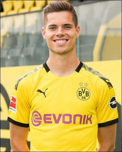 Quel est le nom de ce joueur allemand ?