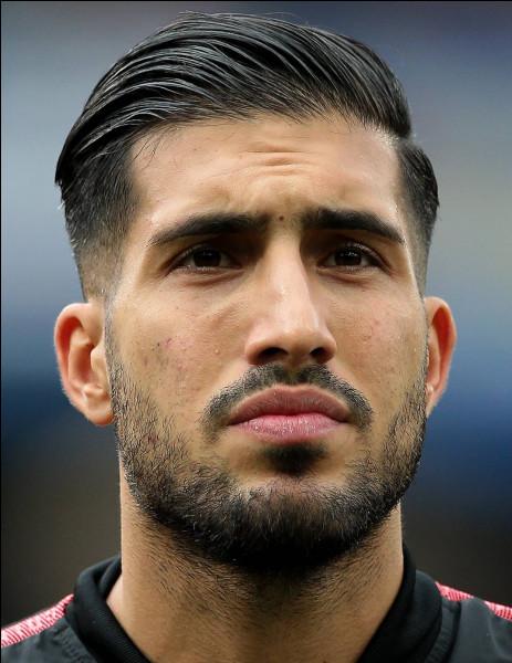 Retrouvez l'identité de ce footballeur !