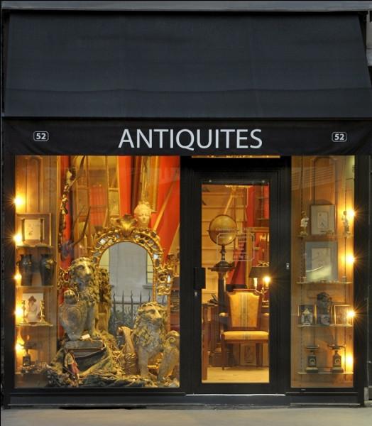 """Dans le domaine des antiquités à quel usage était destiné le meuble nommé """"confident"""" ?"""
