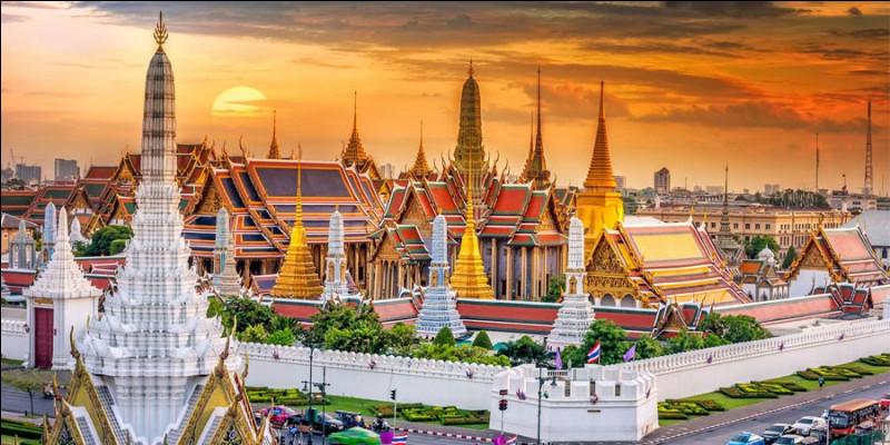 Bangkok est la capitale de/du...