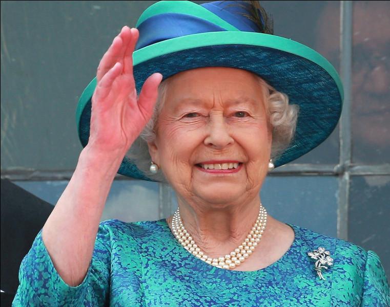 """À l'origine, de quelle origine le ''God Save the Queen"""" est-il un morceau de musique ?"""