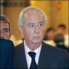 Qui est cet homme qui a assumé les fonctions de secrétaire général de la présidence de la République de 1973 à la mort du président Georges Pompidou, en 1974. ?