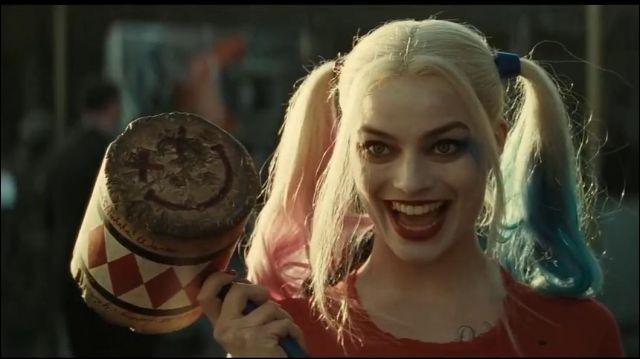 Qui l'a soignée quand elle a été blessée par le Joker ?