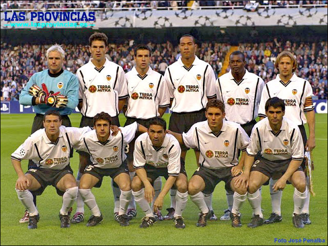 En 2001, le FC Valence atteint pour une seconde fois en deux ans la finale de Champions League. Quel joueur français a participé à cette campagne ?