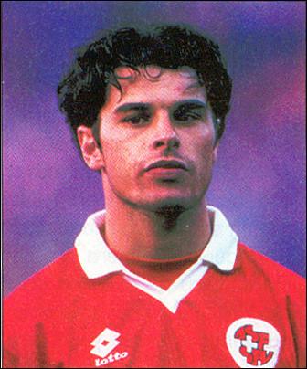 Dans quel club allemand Ciriaco Sforza a-t-il été sacré champion de Bundesliga en 1998 ?