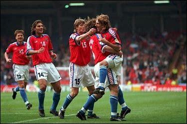 Quel joueur n'a pas fait partie de l'épopée tchèque (finale perdue face à l'Allemagne) lors de l'Euro 1996 ?