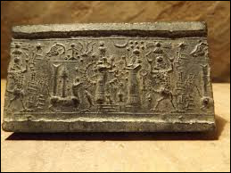 Des études archéologiques estiment que les premières traces d'une substance apparentée au savon remonteraient à environ 4500 ans. Elles proviennent de ...