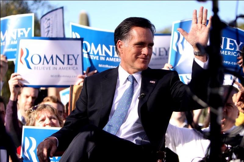 En 2012, Obama est réélu face à Mitt Romney, connu pour être...