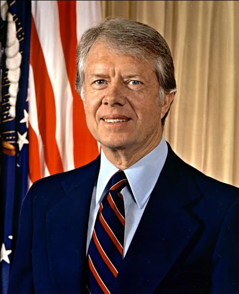 En 1976, Jimmy Carter est élu face à...