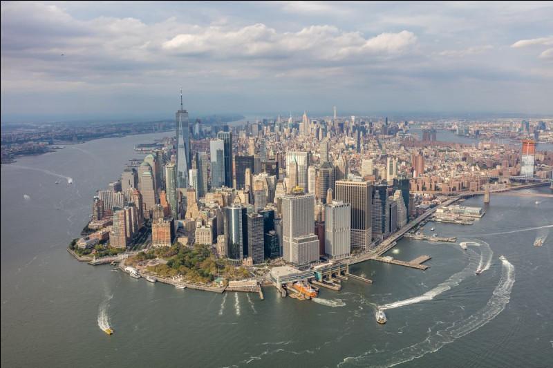 """À quel écrivain américain doit-on le roman """"Manhattan Transfer"""" ?"""