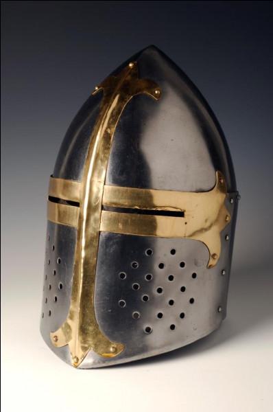 Quel nom donne-t-on à ce type de casque porté par les chevaliers ?