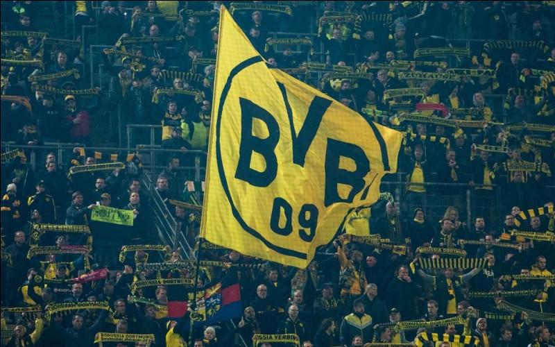 Qui est l'entraîneur actuel du Borussia Dortmund ?