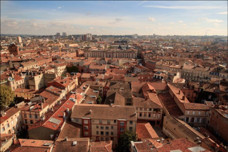 Situez le pays de Toulouse.