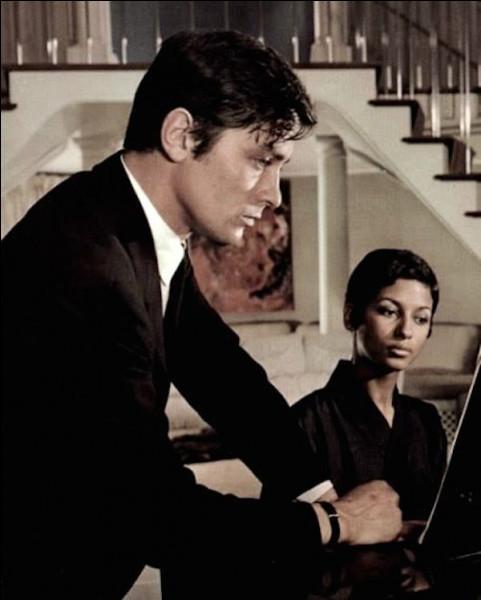 Dans quel film de Jean-Pierre Melville, Cathy Rozier joue-t-elle le rôle d'une pianiste ?
