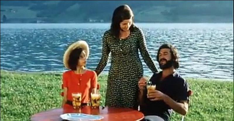 Le Genou de Claire, avec Jean-Claude Brialy, Béatrice Romand et Fabrice Luchini dont c'est le deuxième rôle à l'écran, est un film de/d' ...