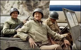 Ce film de guerre, réalisé par Franklin J. Schaffner, portant sur la personnalité d'un général américain, c'est ...