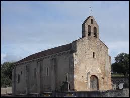 Nous sommes en Auvergne-Rhône-Alpes devant l'église Saint-Pierre de Bost. Commune de l'aire urbaine Vichyssoise, elle se situe dans le département ...