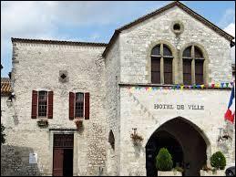 Castillonnès est un village néo-aquitain situé dans le département ...