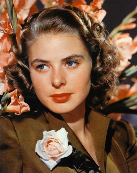 Cette actrice a remporté deux fois l'Oscar de la meilleure actrice pour ses rôles dans 'Hantise' et 'Anastasia'.