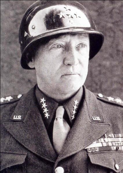 Qui est ce George, général de corps d'armée, héros de la Deuxième Guerre mondiale, vainqueur de nombreuses batailles, puis chef des forces américaines qui occupent l'Allemagne, mort en 1945 dans un accident de la route ?