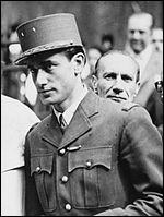 Qui est ce Jacques, résistant pendant la Deuxième Guerre mondiale et général de brigade à 29 ans, puis homme d'État aux multiples fonctions, mort en 2000 ?