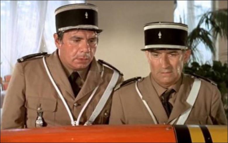 Le Gendarme en ballade, avec Louis de Funés, quatrième volet de la saga des Gendarmes, grand succès avec plus de quatre millions d'entrées, est un film de ...