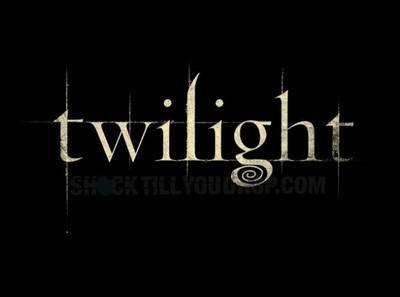De combien de chapitres Twilight est-il composé ?