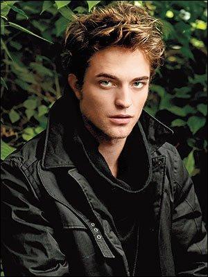 Comment s'appelle l'acteur qui joue Edward Cullen ?