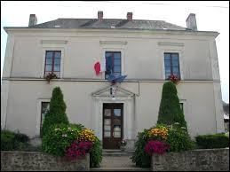 Ancienne commune Angevine, dans le Segréen, Saint-Sauveur-de-Flée se situe en région ...