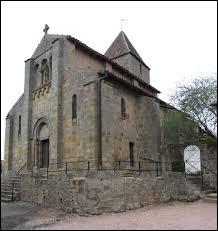 Notre balade dominicale commence devant l'église Saint-Laurent de Bert. Village Bourbonnais, il se situe en région ...