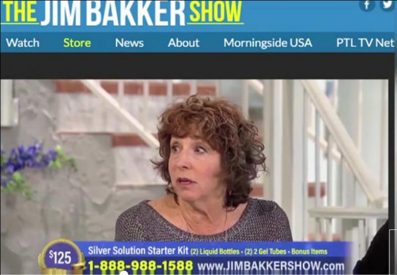 Épidémie de charlatans > USA : Avec un tel président, qu'attendre donc de ses administrés ? Jim Bakker, télévangéliste notoire*, est assisté d'une ... pour un remède miracle à 165 $ contre ... (Complétez les pointillés !)