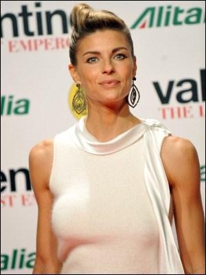 Martina Colombari est la femme de qui ?