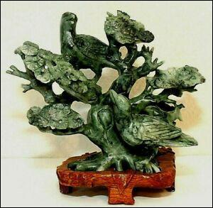 Le jade serait symbole de prospérité matérielle et spirituelle au Japon.