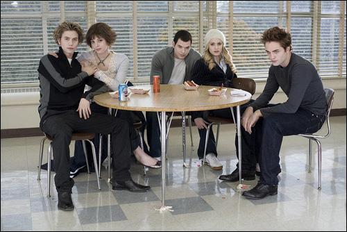 Combien les Cullen ont-ils d'enfants ?