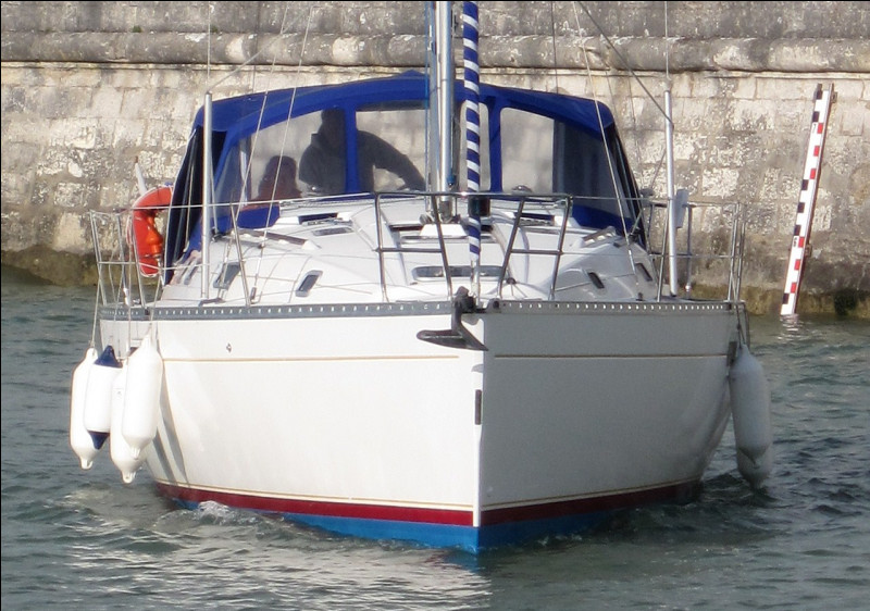 Comment s'appelle l'avant d'un bateau ?