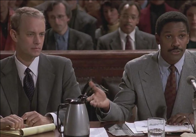 Où se déroule le film qui a valu son premier Oscar à Tom Hanks ?