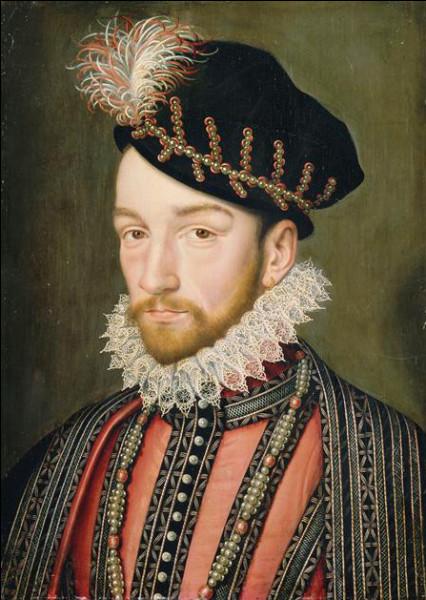 Charles IX monta sur le trône après la mort de...