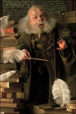 "Professeur Flitwick : ""Le sortilège ""Lapifors"" sert à transformer un objet en lapin. Vrai ou faux ?""Toi : ""..."""