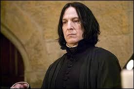 """Professeur Rogue : """"La décoction Hoqueteuse sert à enlever le hoquet à quelqu'un, vrai ou faux ?"""""""