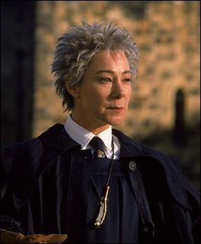 "Madame Bibine : ""Busards de Heidelberg est une équipe de quelle origine ?"""