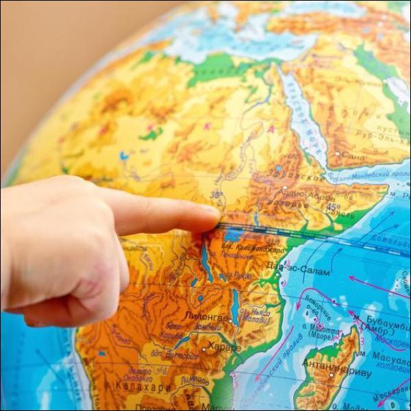 En km, quelle est la longueur de la ligne d'équateur terrestre ?