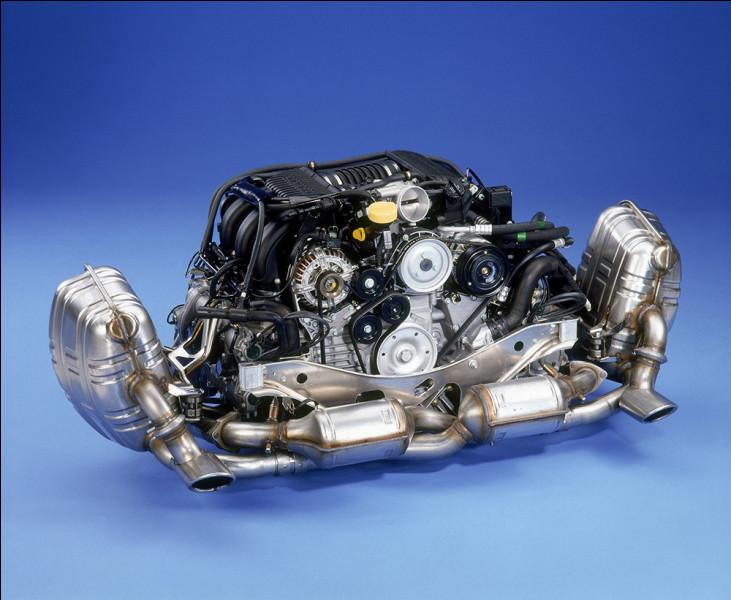 Quel est le moteur utilisé sur la Porsche 911 ?